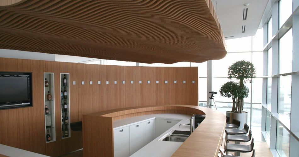 Plexwood® Koppert Machines & Zonen  chic architectural wooden kitchen bar, ceiling and curved wall in beech