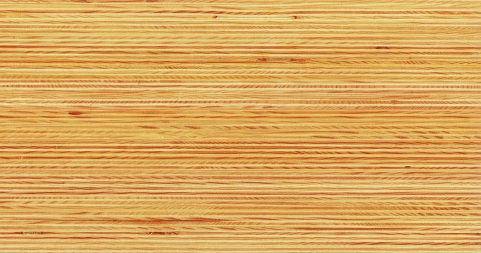 Plexwood® Pine varnish with priming oil finish, with the type of varnish you determine the final glossiness