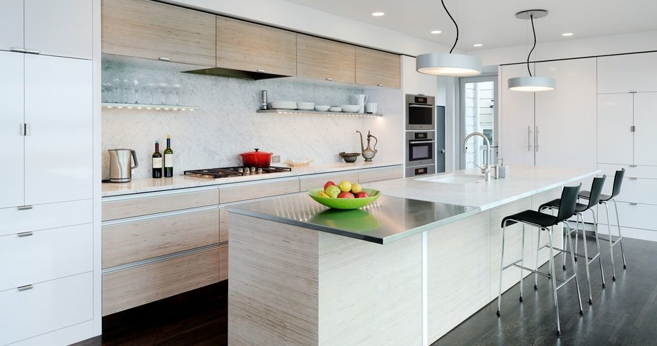 Plexwood® Seattle Hillside Drive private residence project with custom kitchen cabinetry and eat-in kitchen bar in birch