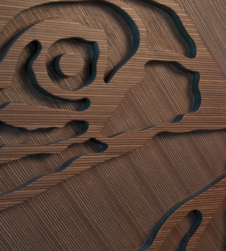 Plexwood® Annebel Noltes detail of a wooden cnc processed artwork from ocoumé design panel on green mdf