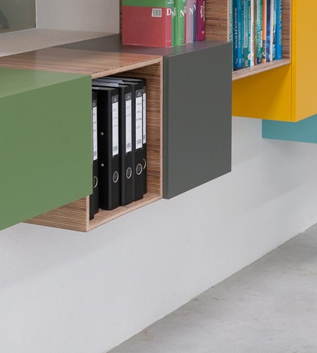 Plexwood® Kastwerk custom-made suspended cabinet detail with meranti panel two-sided on birch substrate