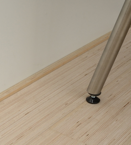 Plexwood® Project detail with wooden skirting around the walls and doors