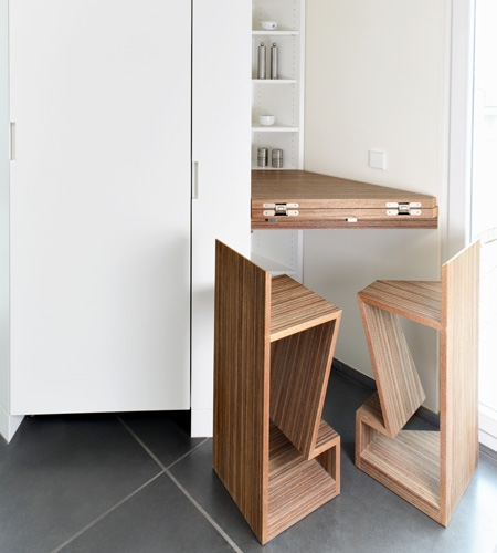 Plexwood® Residential kitchenette closed extended table-top and matching chairs for a small space