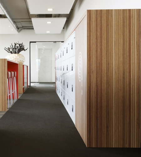 Plexwood® Rutges furniture detail in meranti reverse comprised veneer plywood safety paneling