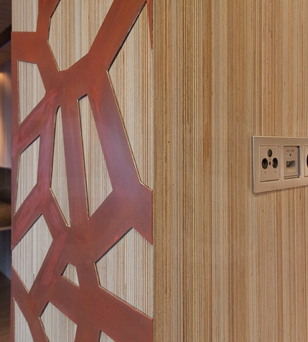Plexwood® Residential wall cladding detail in design meranti end-grain plywood veneer with copper elements