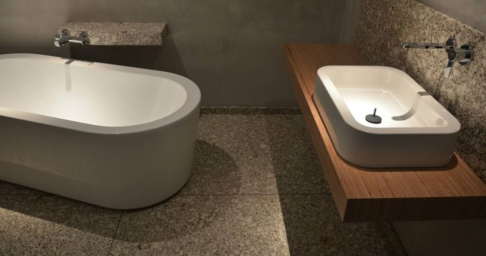 Plexwood® Private residence bathroom with mdf V313 damp proof mdf water resistant mdf wall covering in birch
