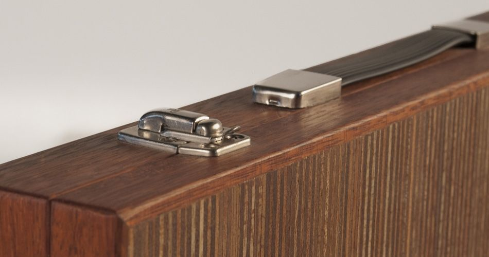 Plexwood® Berculo backgammon briefcase corner detail of engineered meranti resurfacing veneer plywood sheets