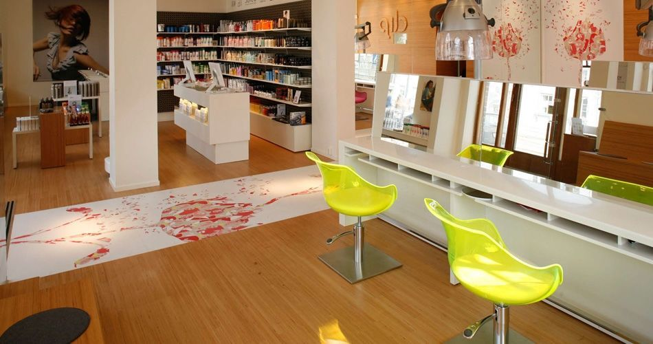 Plexwood® Clip retail store displays and parquet floor in eco beech micro-edge grain plywood veneer products