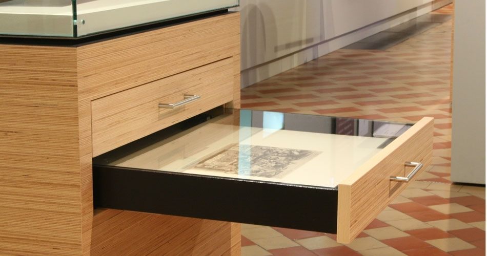 Plexwood® Museum Vleeshuis finest bespoke woodwork cabinetry with doors and drawers in beech