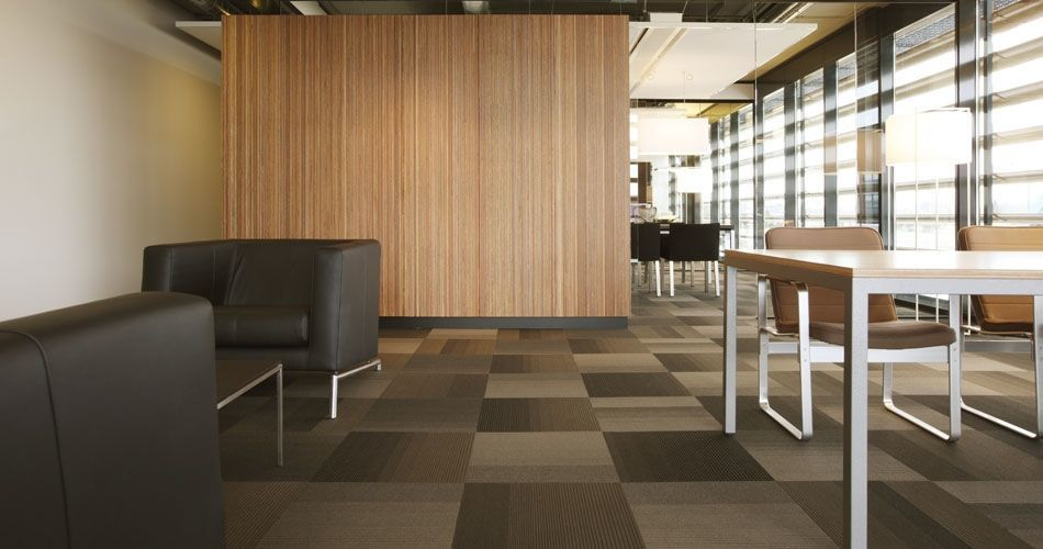 Plexwood® Rutges lunchroom divider wall in meranti sliced composite veneer plywood