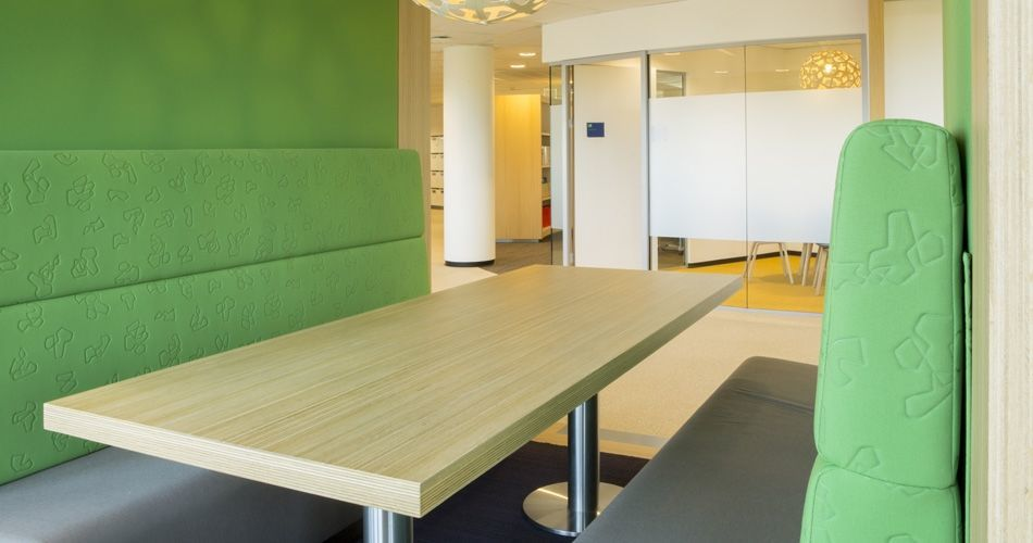 Plexwood® State Forest Management (Staatsbosbeheer) office seats with table close-up in oak ply edge veneers