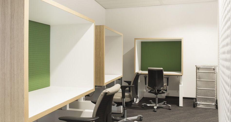 Plexwood® State Forest Management (Staatsbosbeheer) office private work stations in oak sustainable cladding